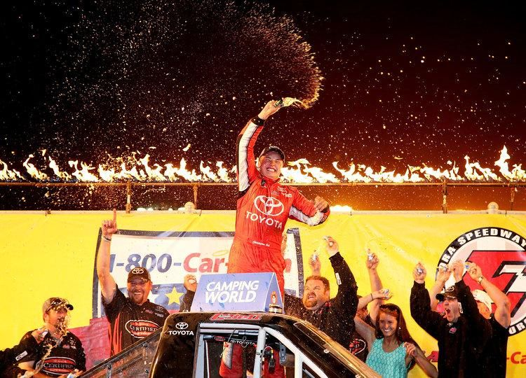 Don't know @CBellRacing21 and @BobbyPierce32 yet? You will. http://tw.nbcsports.com/4ve