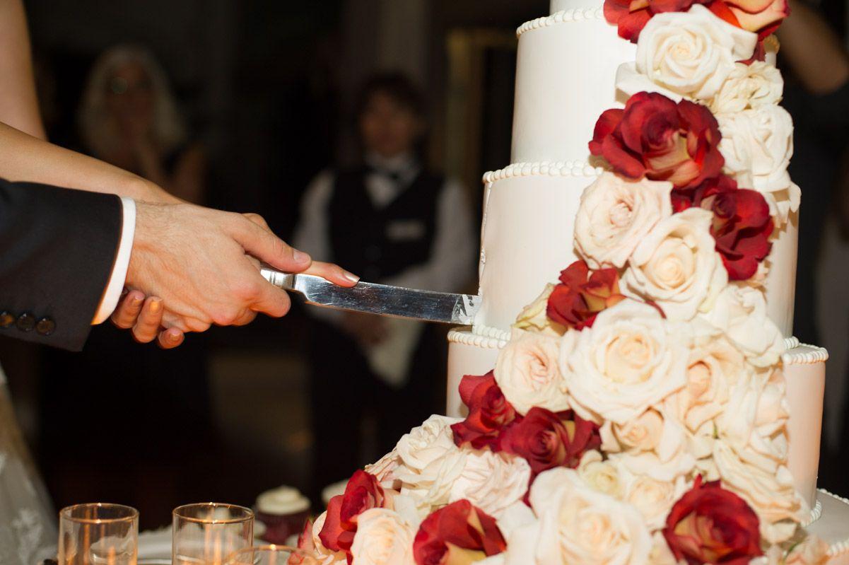 #cakecut Photo by Michael Segal #bride #groom #weddings #ceremony #belair #belairbayclub #belairbayclubweddings #michaelsegal #michaelsegalphotography #michaelsegalweddings