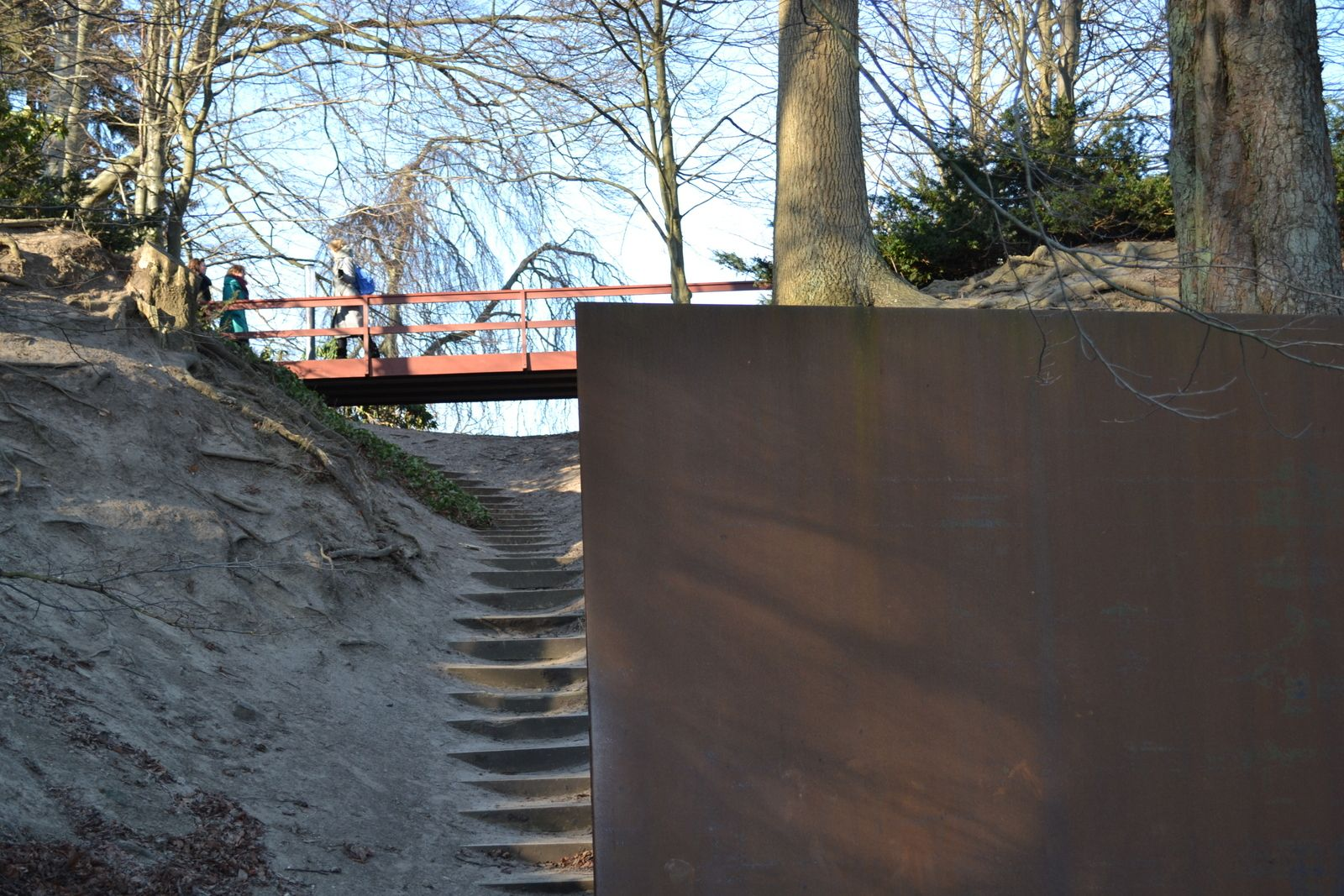 Richard Serra u0027The Gate in the Gorgeu0027