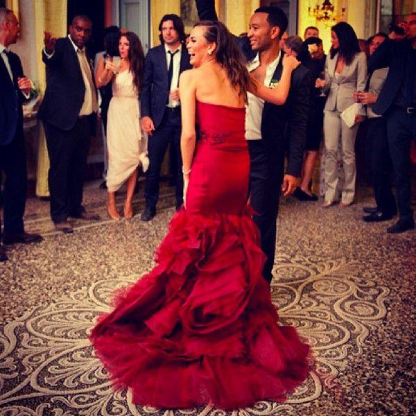 Chrissy Teigen Shows Off Red Wedding Dress Celebrity Wedding Dresses Stunning Wedding Dresses Celebrity Bride