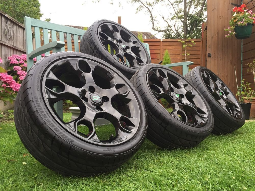 17 Inch Ford Fiesta Zetec S Alloys Street Pack Gloss Black Refurbed St