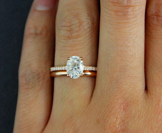 A Clic Set With An Undeniably Alluring Vintage Aesthetic Slip On Your Forever Brilliant Oval Solitaire Engagement Ring And Watch As World