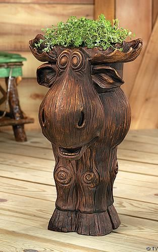 Delightful Large Carved Wood Style Indoor / Outdoor Moose Planter~~ I NEED HIM!