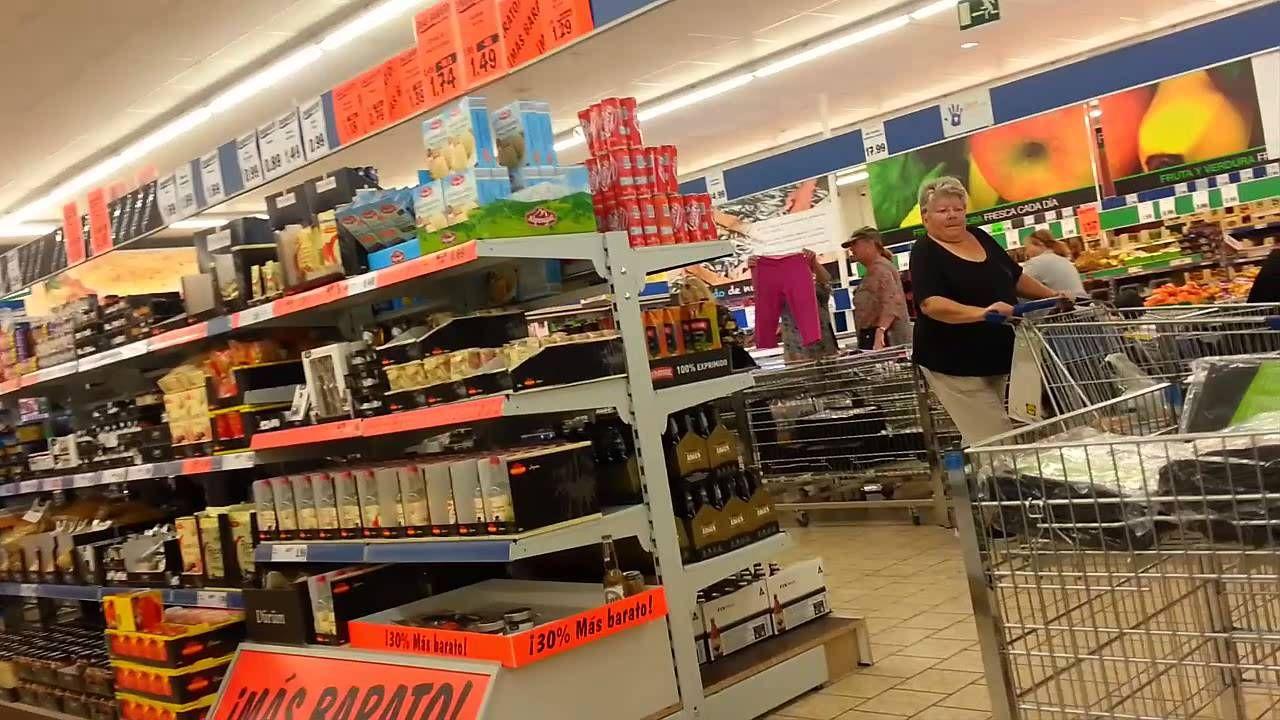 lidl supermarket spain - walk through visiting a lidl supermarket in