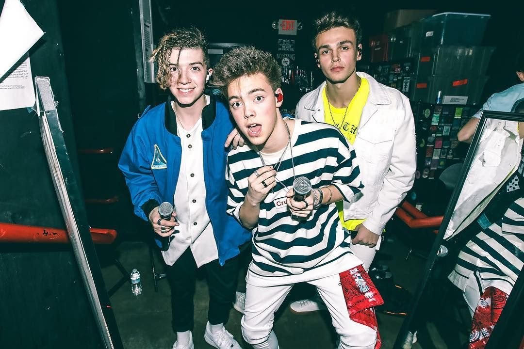 315k likes 18k comments why dont we whydontwemusic