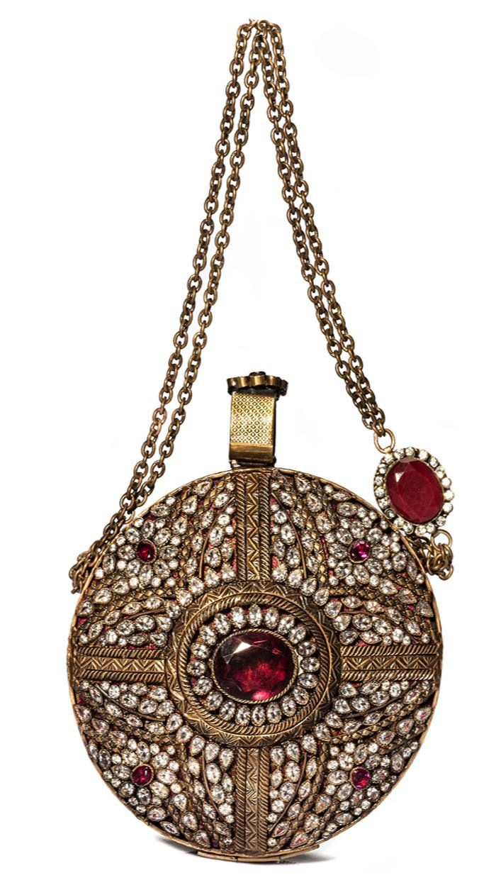 Beautiful styles from some of the best Indian designers including Indian  Jewellery 3e2e1eaed5230