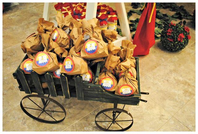 Snow White Openning Party Ideas Party Snow White Snow White Photos