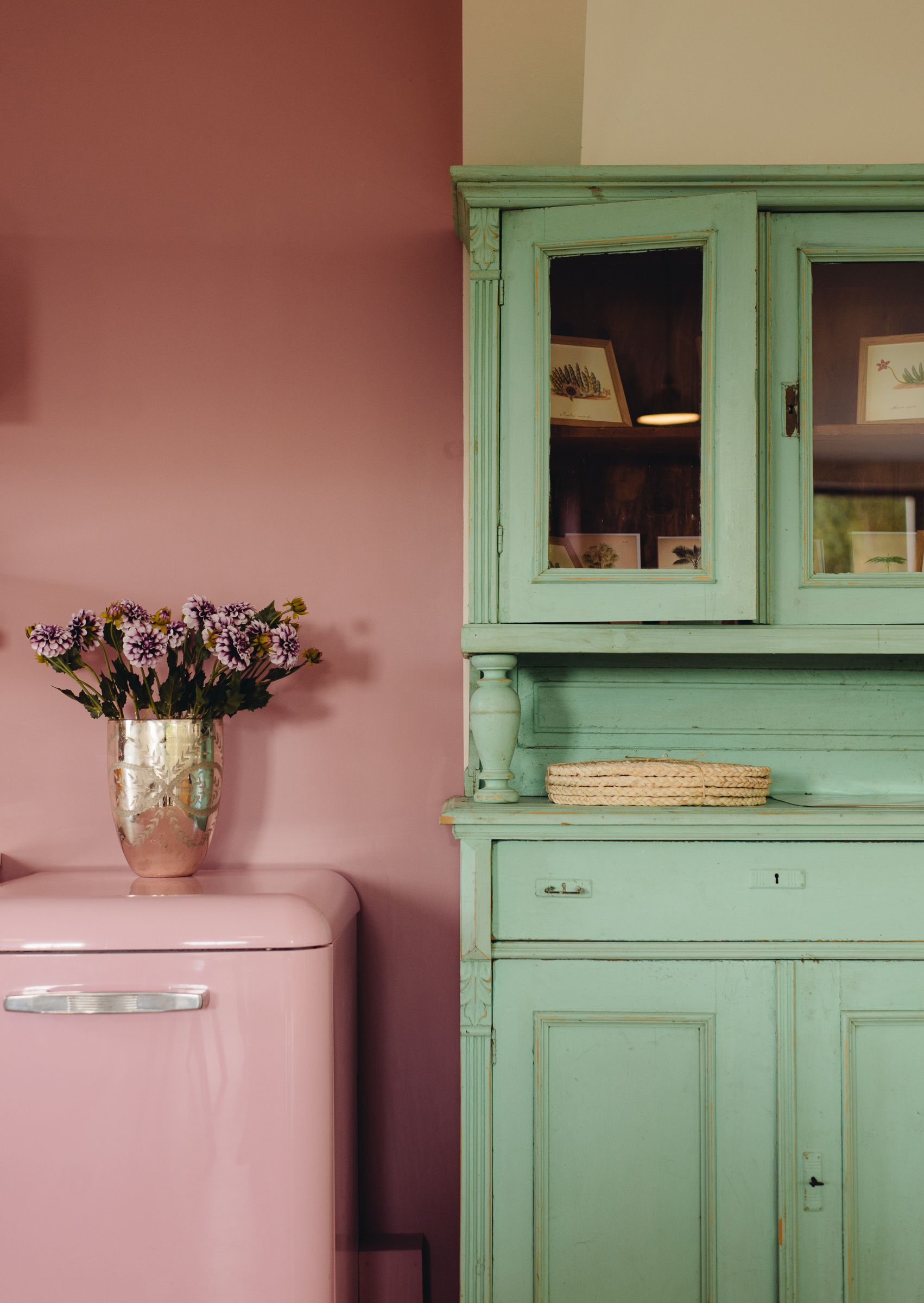 Pink and green inspiring interiors pinterest dishwashers