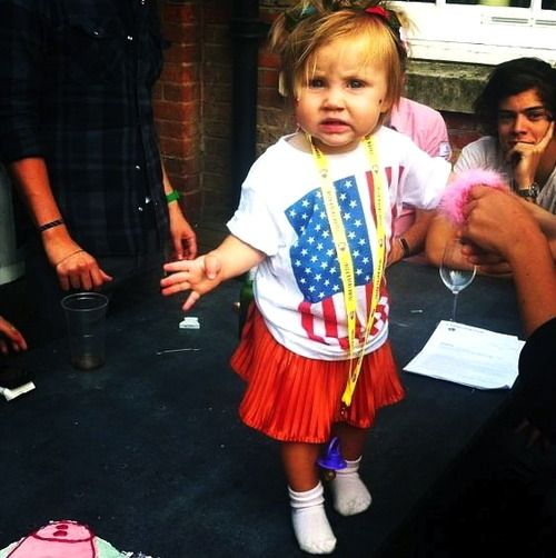 Lux at her birthday party today (Notice Harry in the background)
