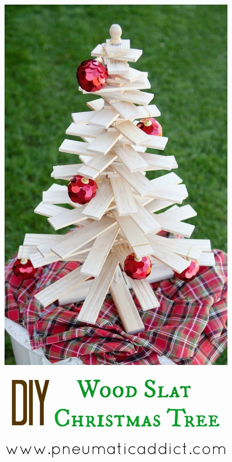 Learn to make your own DIY Wood Slat Christmas Tree. Tutorial and ...