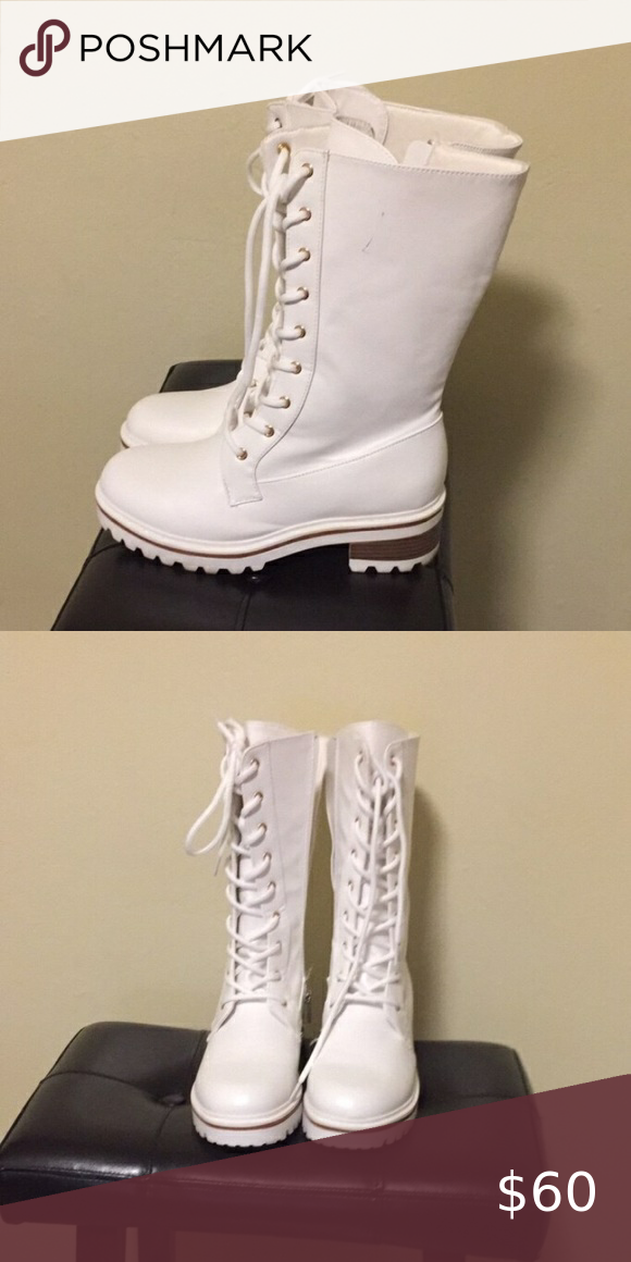 White boots size 8.5 in 2020   Boots