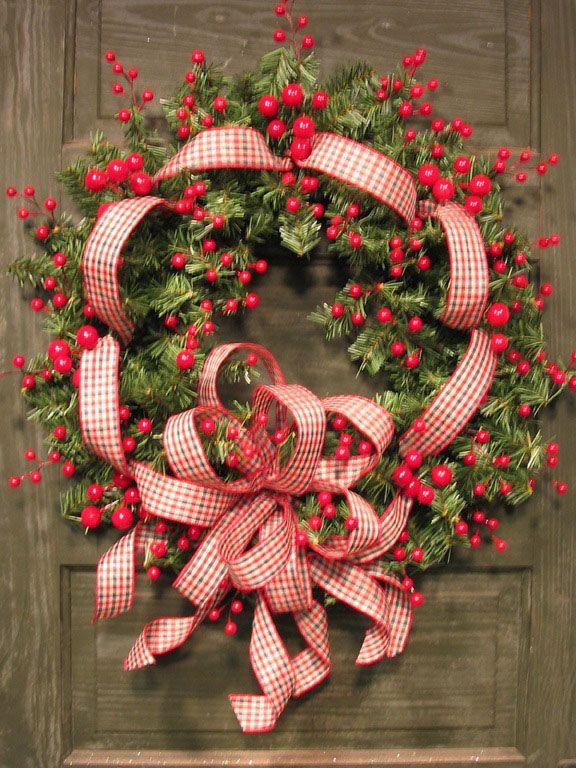 Beautiful~Berry Wreath....<3