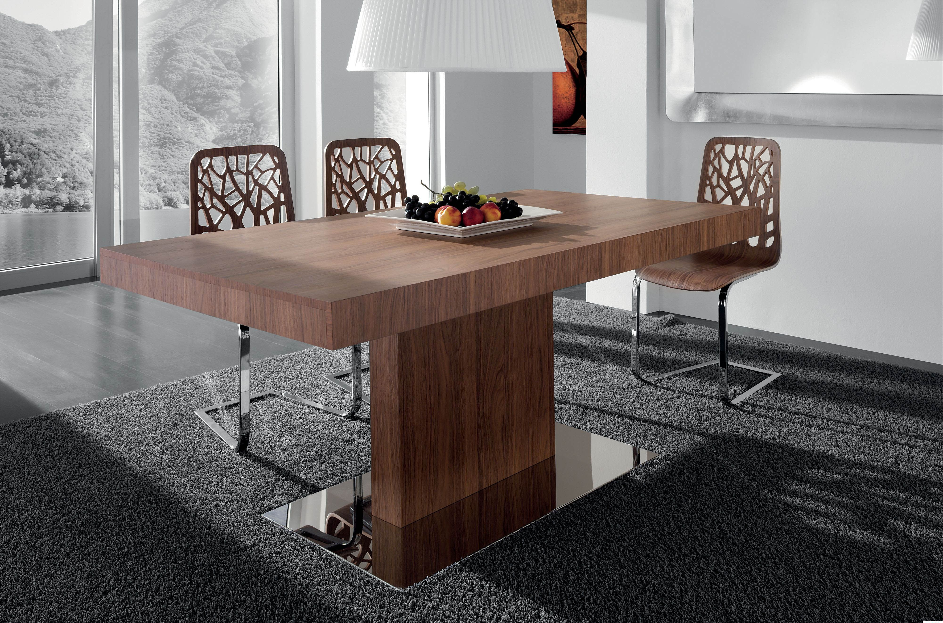 Modern Extendable Dining Table In Oak Walnut Veneer Finish With Chairs Set