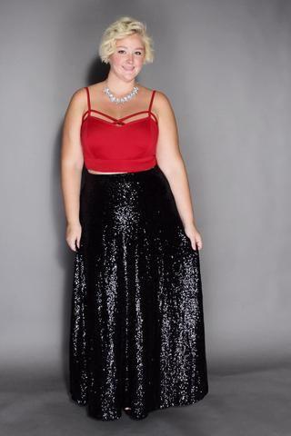 5 ways to wear a plus size maxi skirt