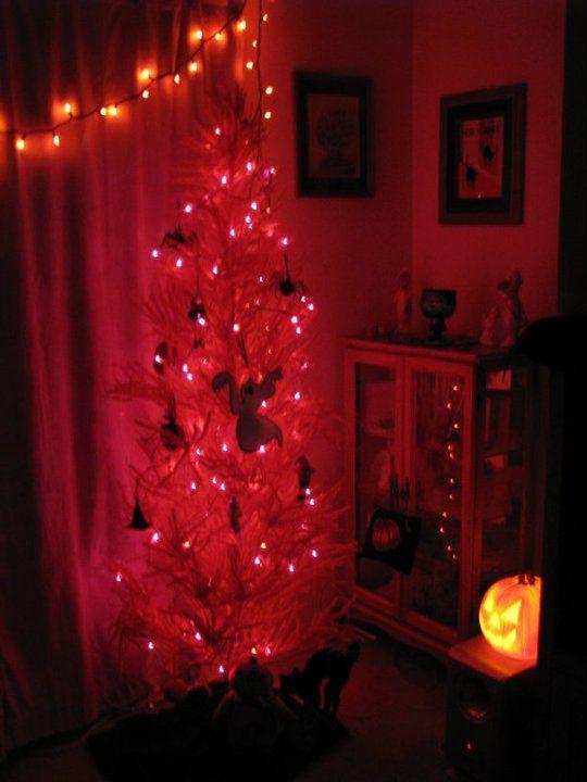 My Halloween tree <3