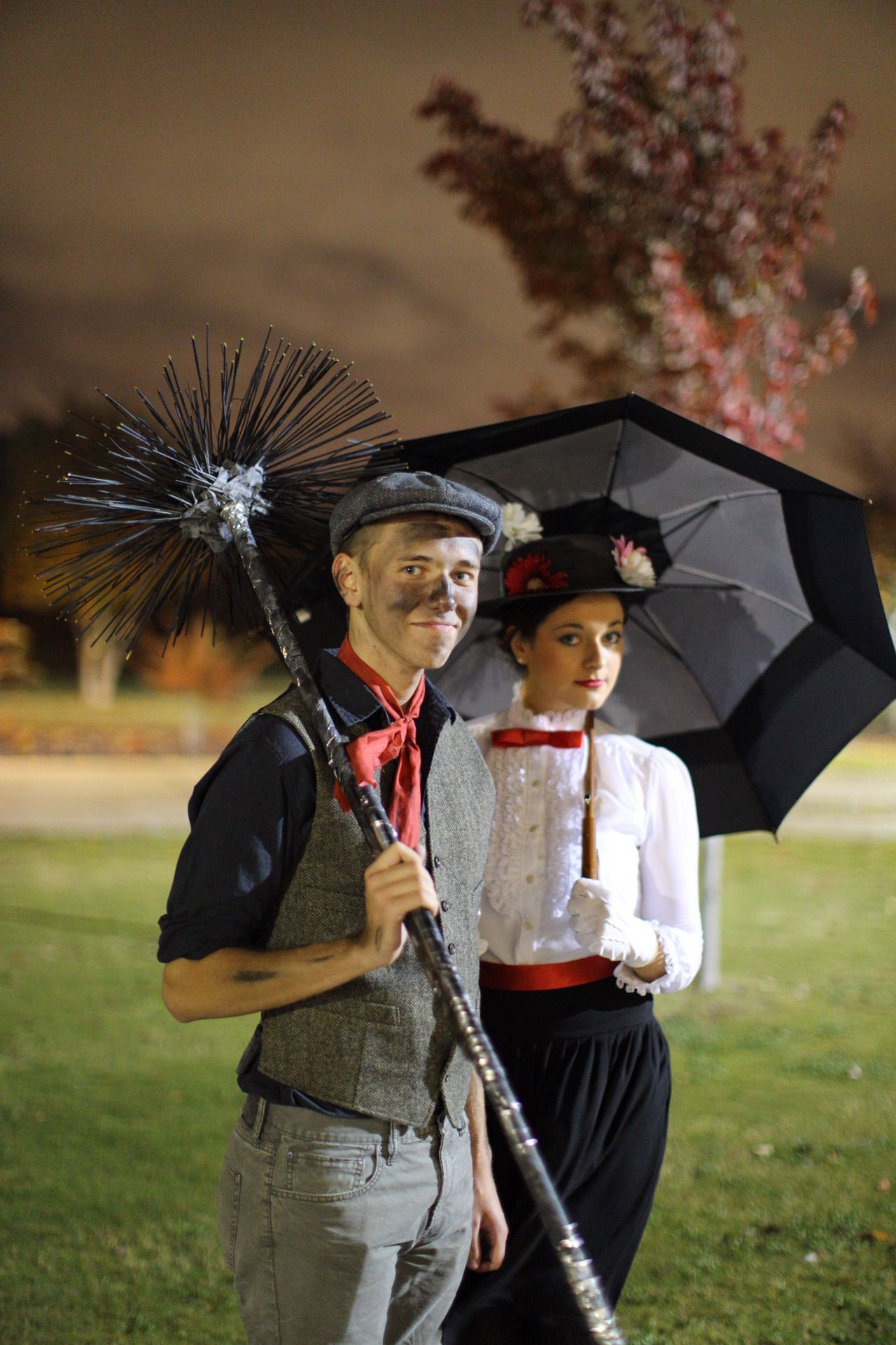 diy mary poppins and bert costumes party time pinterest fasching party outfits und kost m. Black Bedroom Furniture Sets. Home Design Ideas