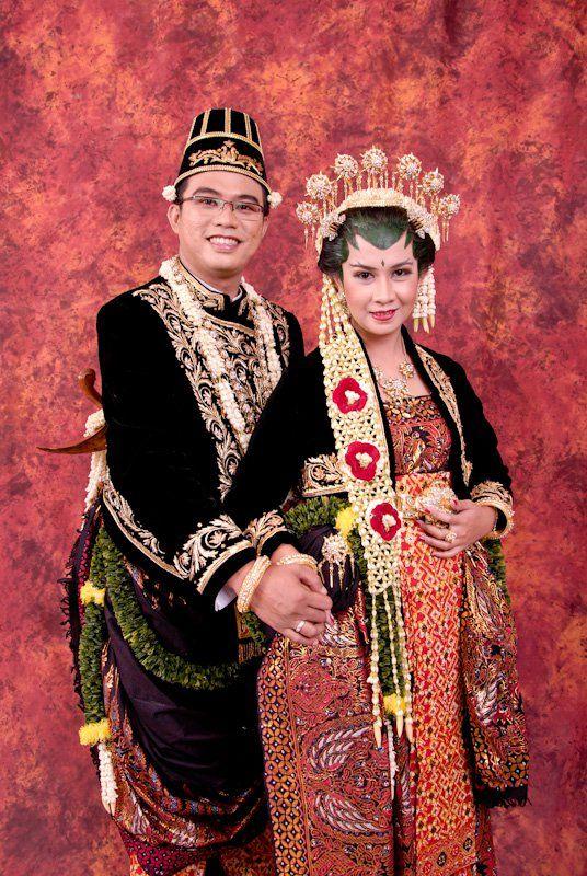 Model Baju Pengantin Adat Jawa Model Baju Dan Rambut Terbaru Baju Pengantin Pakaian Pernikahan Pakaian