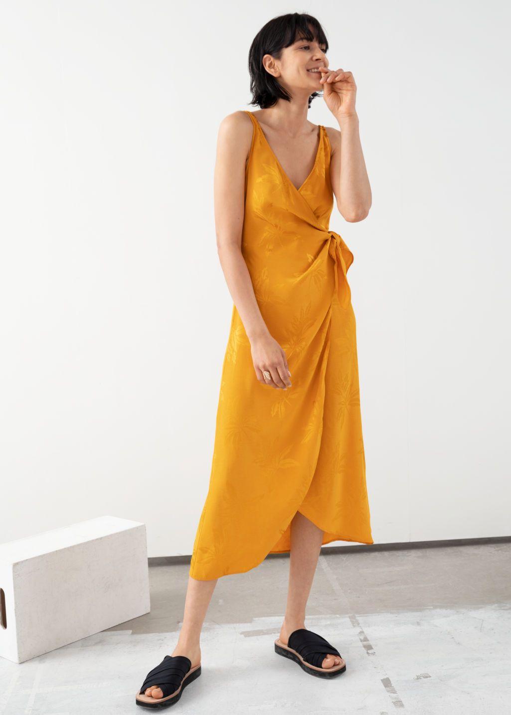 Pin On Fashion Beauty [ 1435 x 1025 Pixel ]