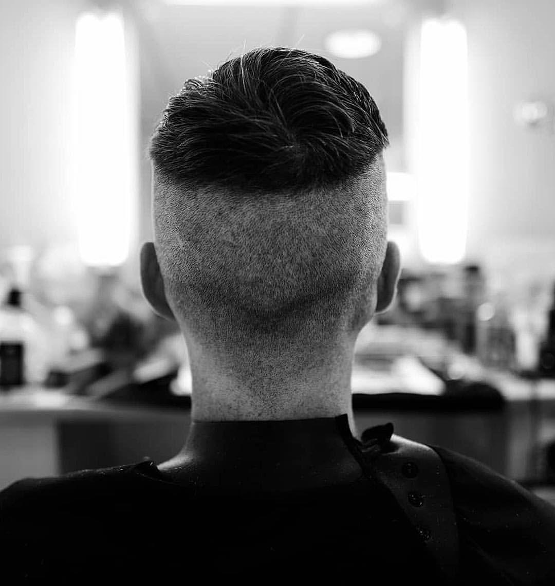 Tommy S Back Shared By Peaky Blinders Hair Makeup Artist Lozschiavomakeup Follow Loz S Peaky Blinders Hair Peaky Blinder Haircut Tommy Shelby Hair