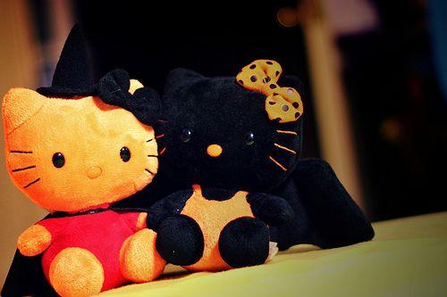 Hello kitty halloween decor Cute Holiday stuff Pinterest Decor - hello kitty halloween decorations