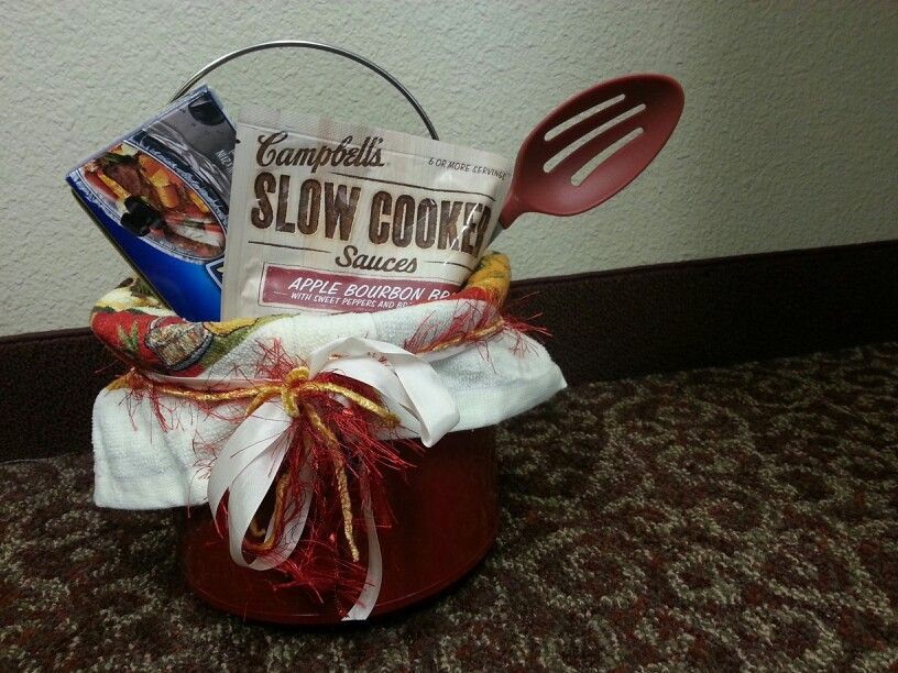 Crockpot gift basket | Crockpot gifts, Crafty gifts, Gifts