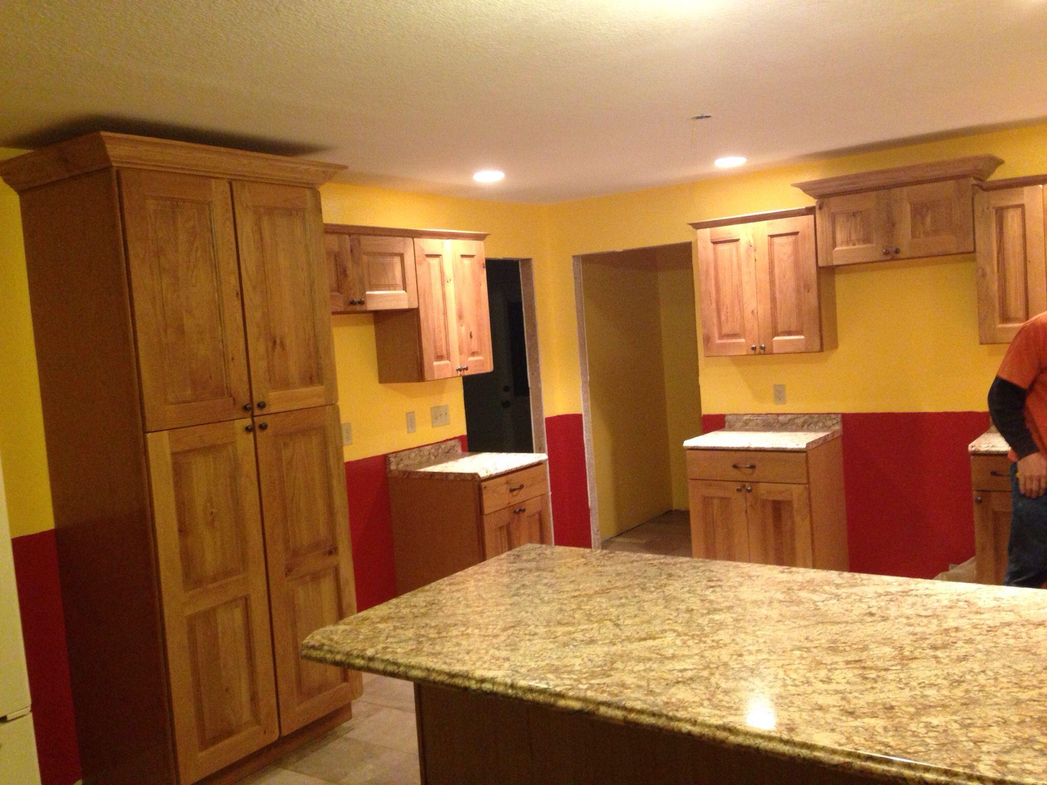 Rustic Knotty Oak Kitchen Cabinets Two Tone Kitchen Cabinets Oak Kitchen Oak Kitchen Cabinets