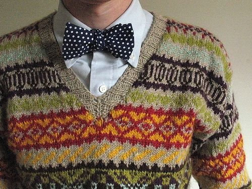 Fair isle. I don't normally do patterns but this one is appealing ...