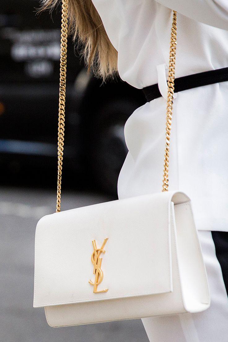 Beautiful Handbag By Yves Saint Laurent Shop Yours At Catchys 3 Handtaschen Taschen Schone Handtaschen