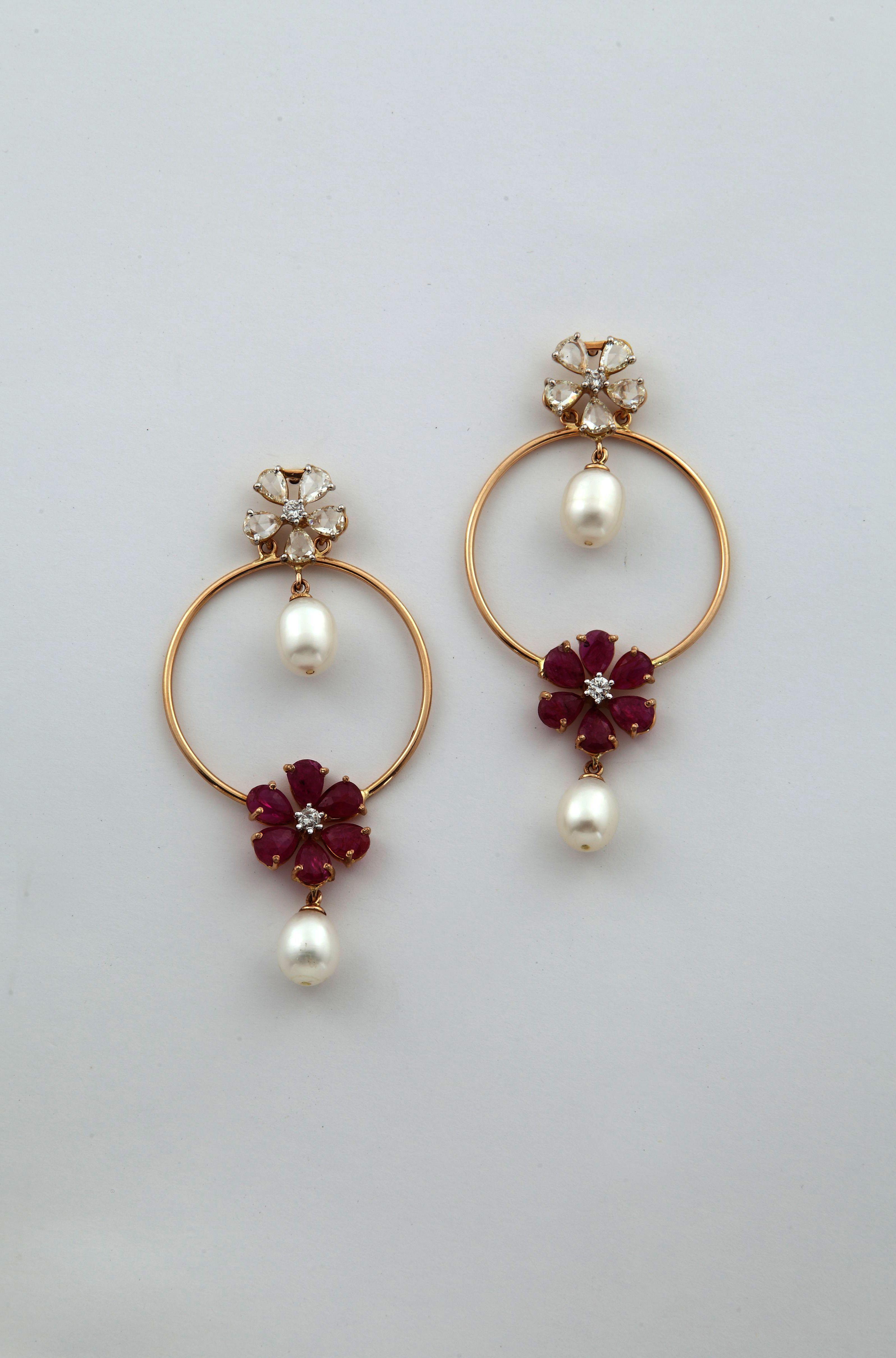 Jewellery Organizer In Pakistan & Tiffany Pearl Earrings