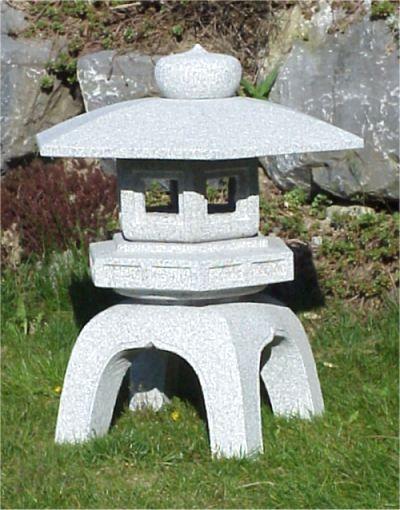 kodai yukimi japanese granite lantern with traditional. Black Bedroom Furniture Sets. Home Design Ideas