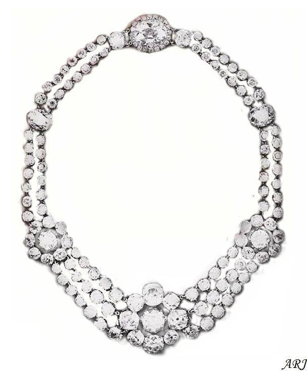 Queen Victoria's wedding jewelry: Turkish Rosette diamond necklace