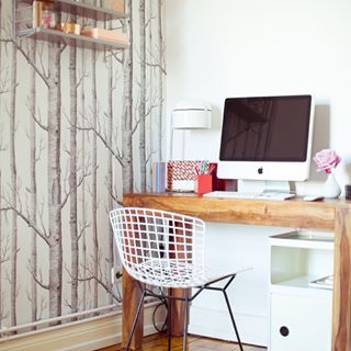 mit modernen formen und farben kannst du gut verschiedene akzente aus holz kombinieren. Black Bedroom Furniture Sets. Home Design Ideas