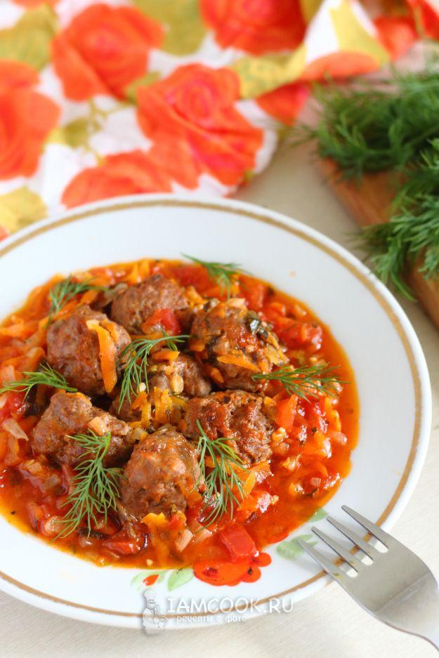 Куриные фрикадельки в томатном соусе — рецепт с фото ...