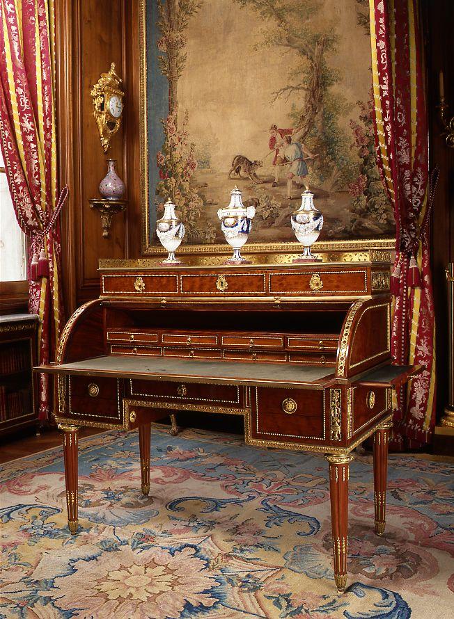 Secrétaire à cylindre - Les Arts Décoratifs - Site officiel | Meuble de  style, Mobilier de salon, Décoration française
