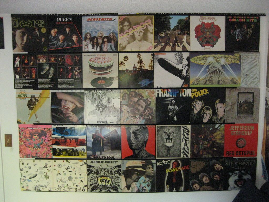 hang up your old vinyl records antiques vinyls and how to hang music rooms can make a home come alive because they are enjoyed by all old and young so whether you are musician or simply have one in the household c