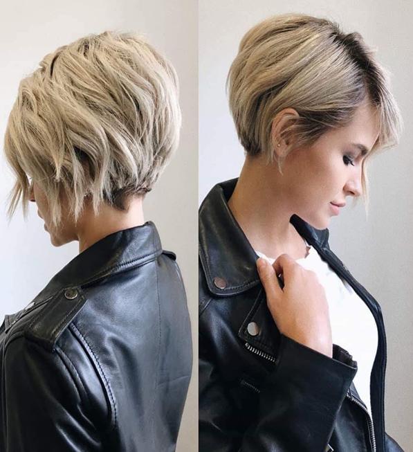 Les Meilleurs Coiffures Feminines Courtes Et Degradees Pour Cheveux Epais Beige Blond Cendre Asymetriq Coupe De Cheveux Courte Cheveux Courts Coupe De Cheveux
