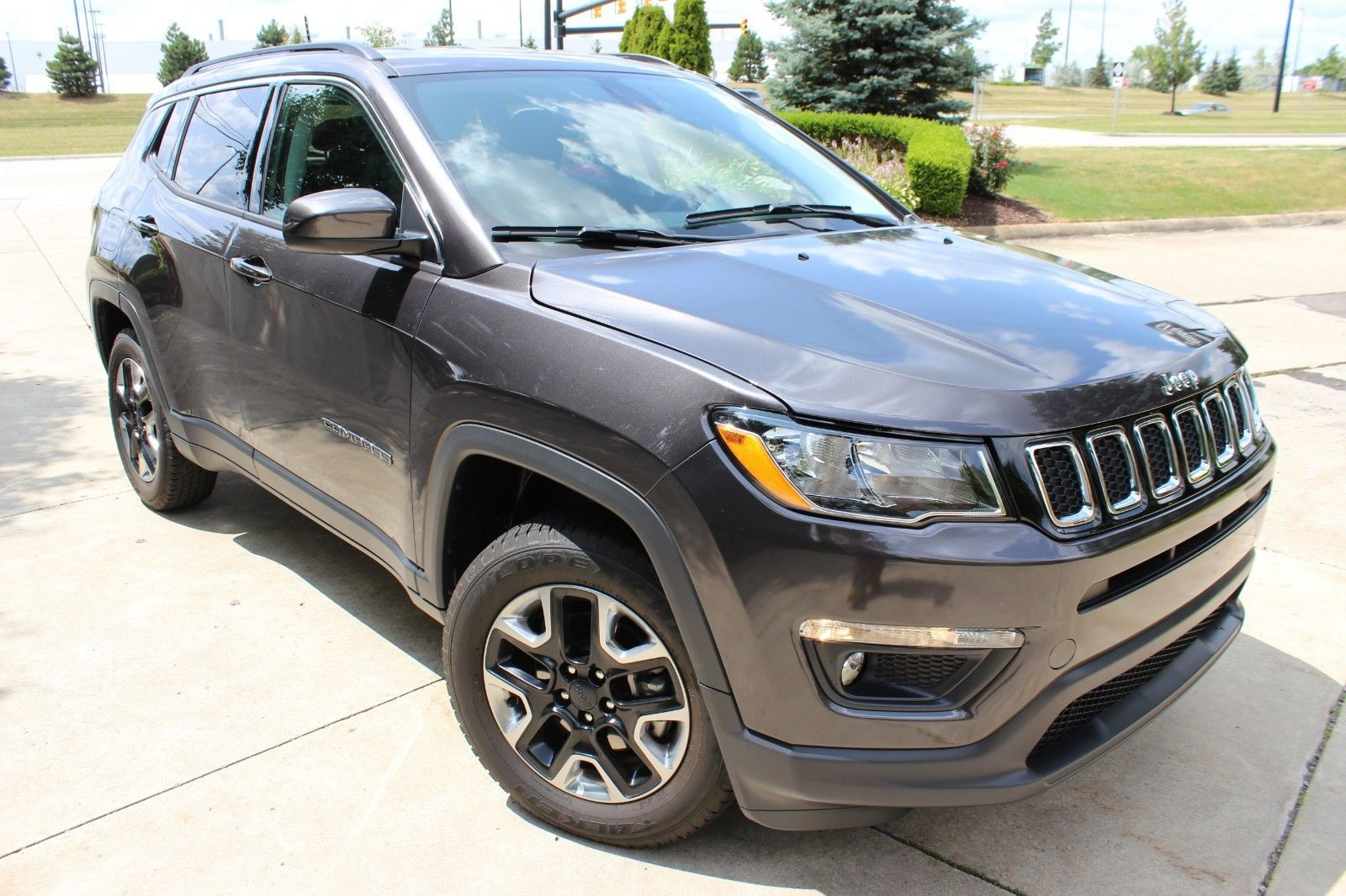 Loaded 2017 Jeep Compass Latitude Offroad 2017 Jeep Compass Jeep Compass Jeep