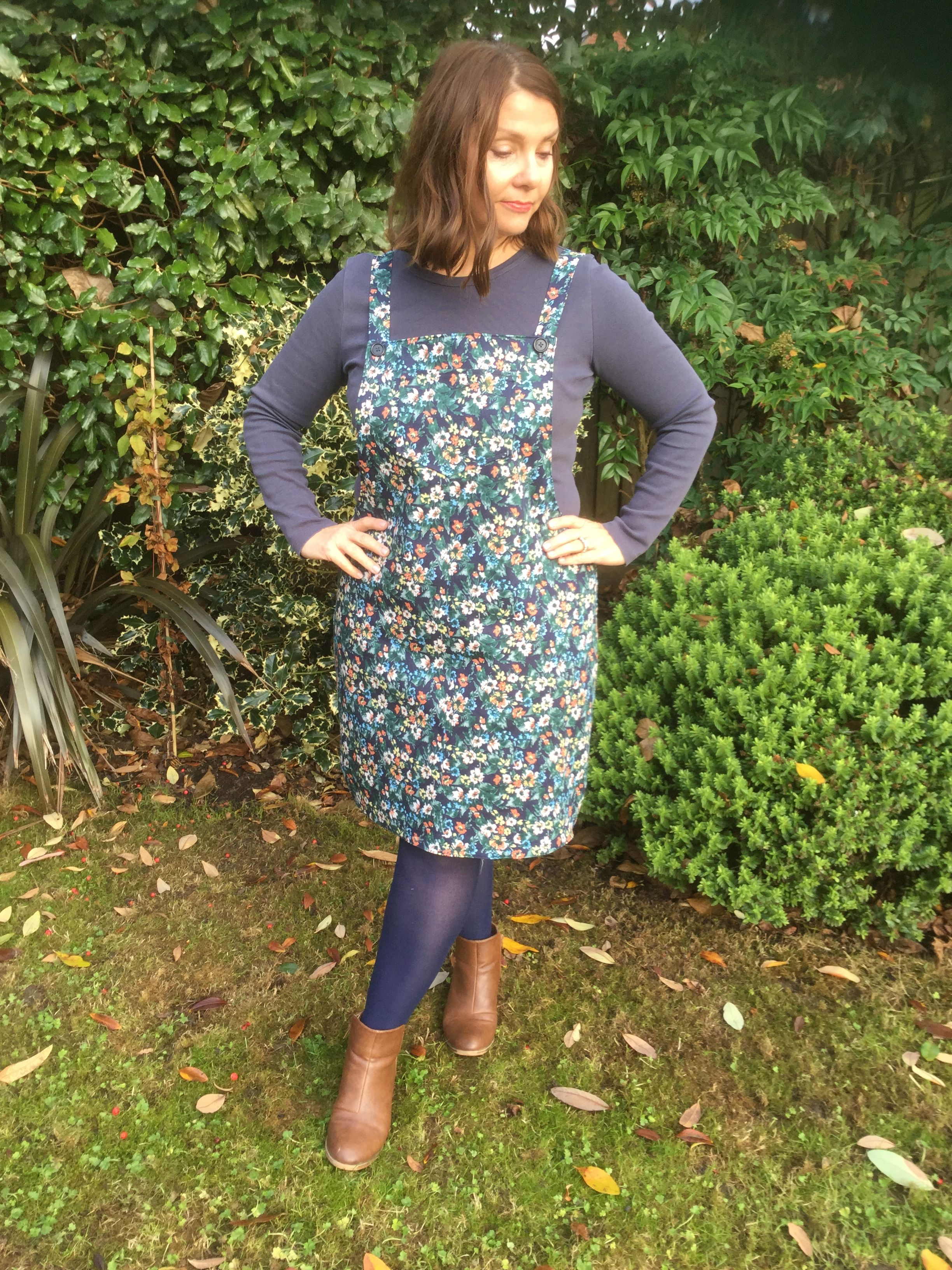 Modern dressmaker buttons - Tilly And The Buttons Cleo Dress Pattern Review