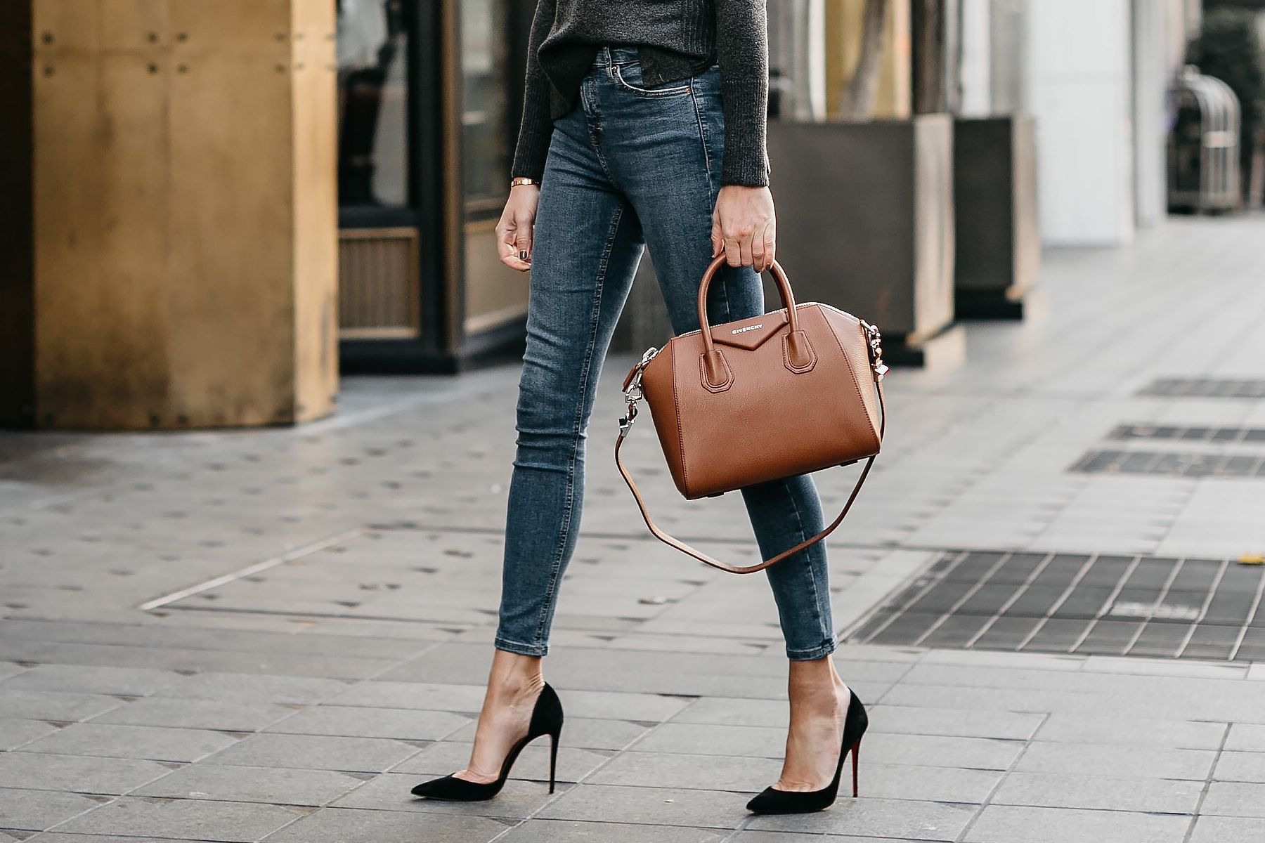 744117b417b5 Givenchy Antigona Cognac Handbag Denim Skinny Jeans Black Pumps Fashion  Jackson Dallas Blogger Fashion Blogger Street Style
