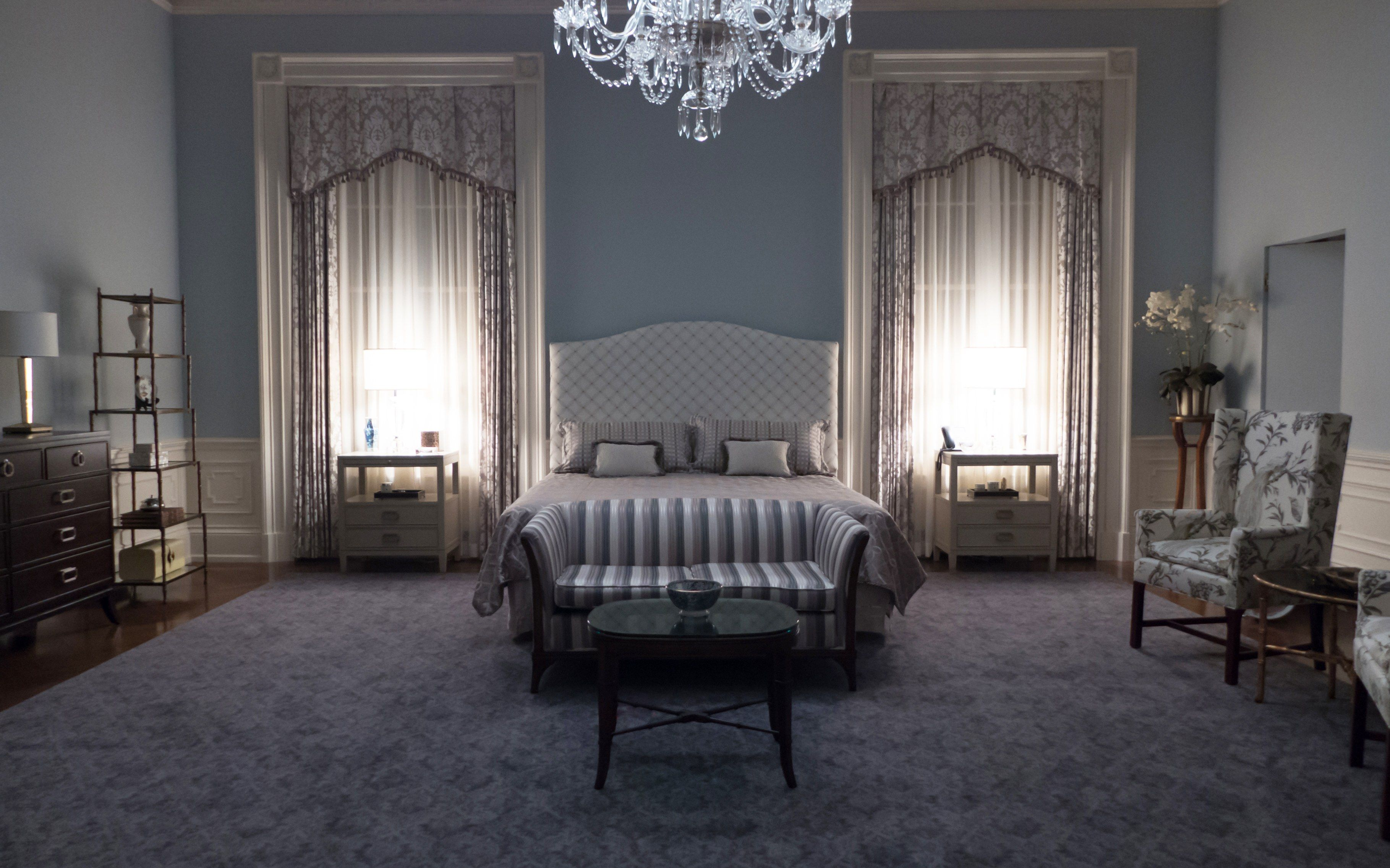 Tour the High Drama Sets of House of Cards Bed Pinterest