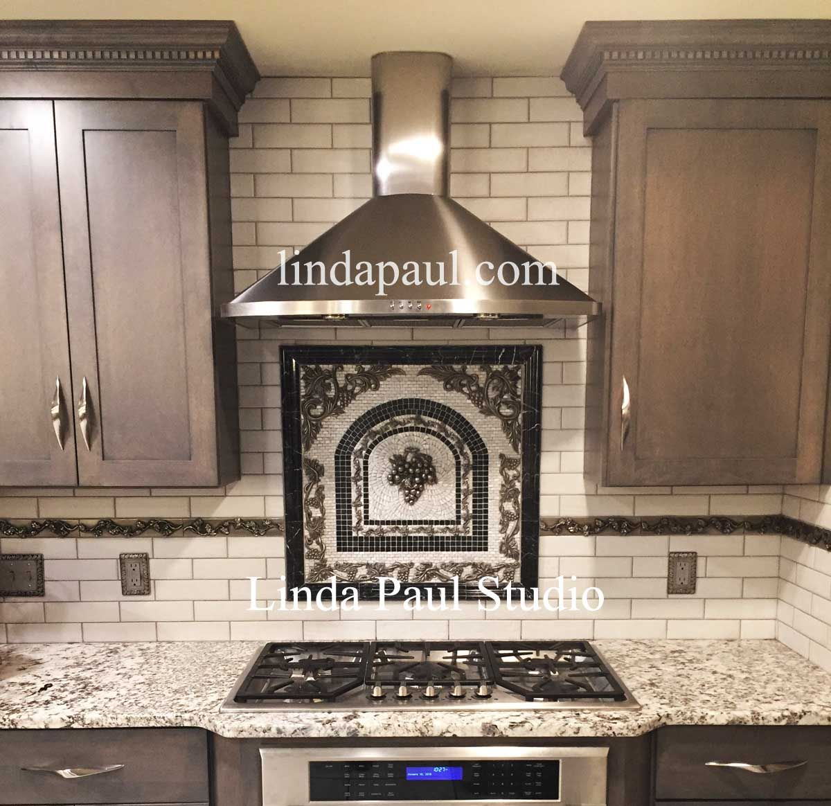 Vienna Grape Mini Mosaic Tile Backsplash Medallion In 2019