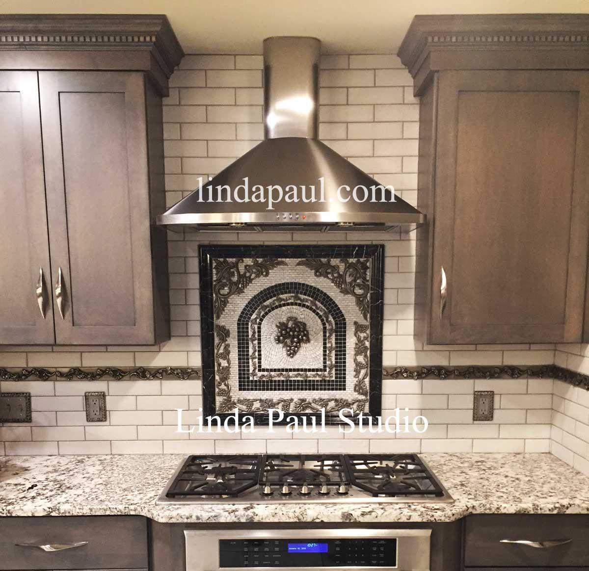 Kitchen Backsplash Mosaic Medallion In Silver Black And White Mosaic Backsplash Kitchen Backsplash Mural Cottage Kitchen Design