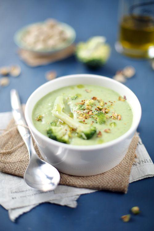 Velout de brocoli et pistache recette v g soupes pinterest velout velout brocolis - Cuisine et sante saint gaudens ...