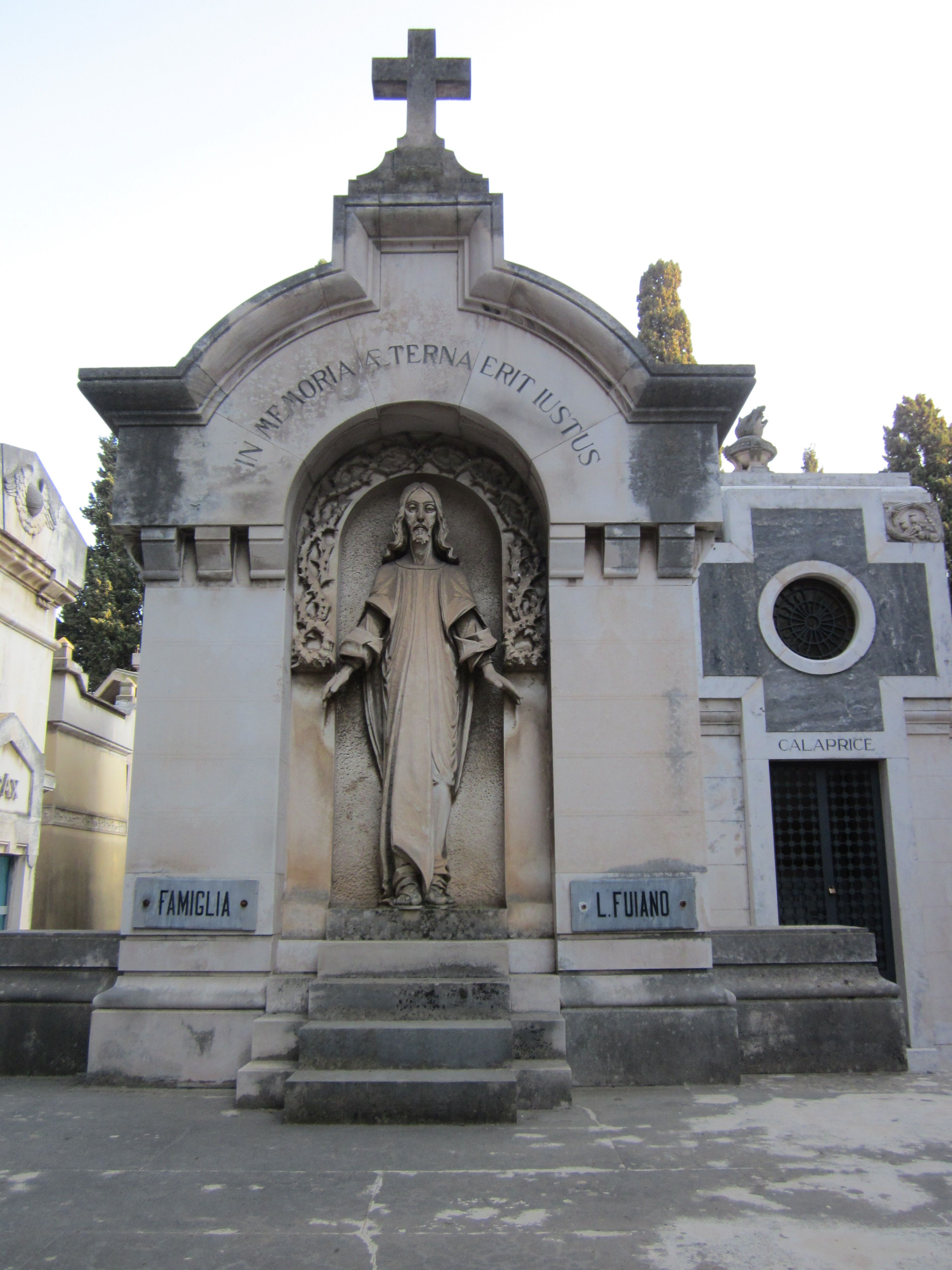 Bari Monumental Cemetery Edicola Famiglia Fujano Gardens Of Stone Cemetery Cemeteries