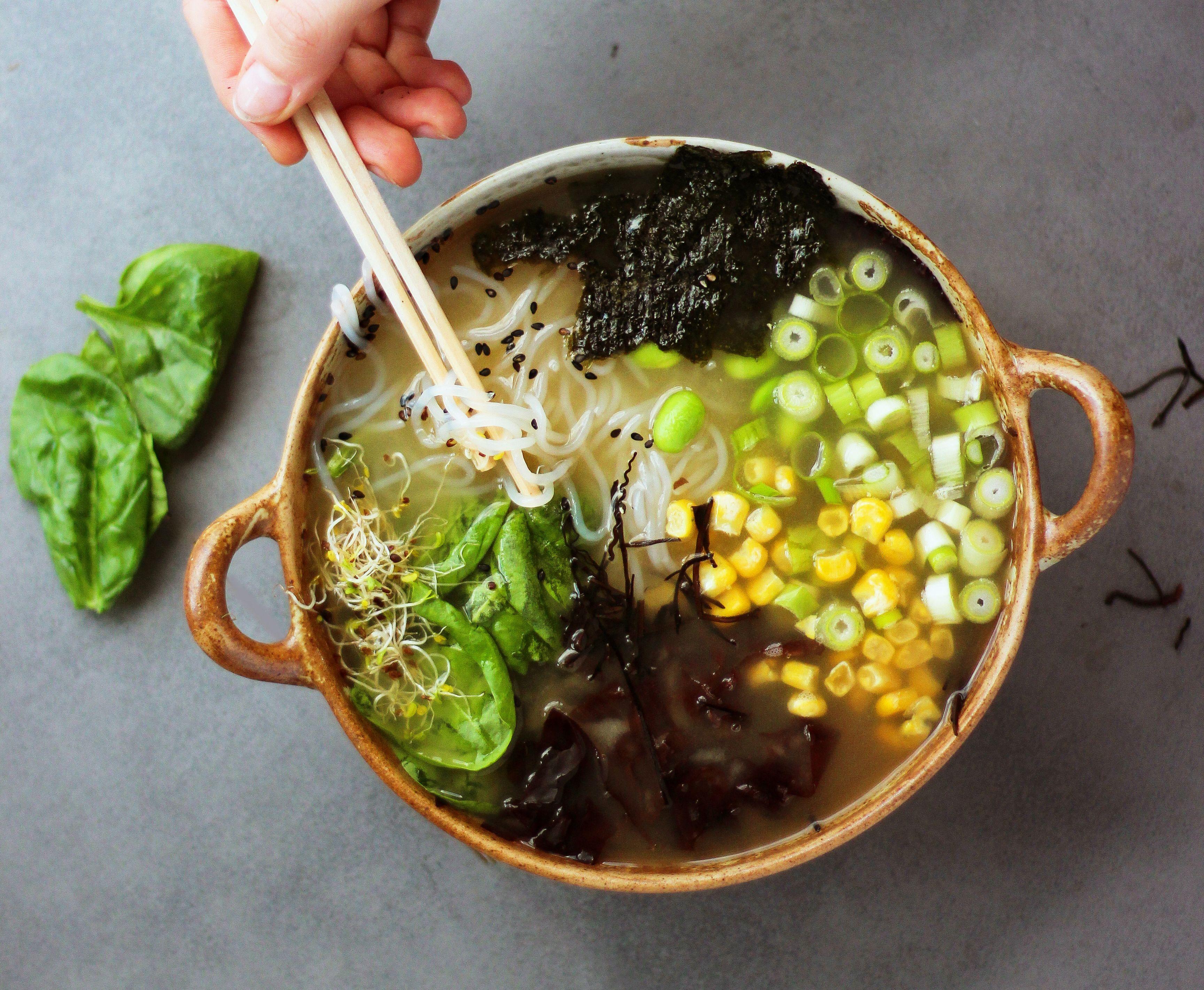 Vegan and Oil free Miso Ramen | #recipe #Healthy @xhealthyrecipex |
