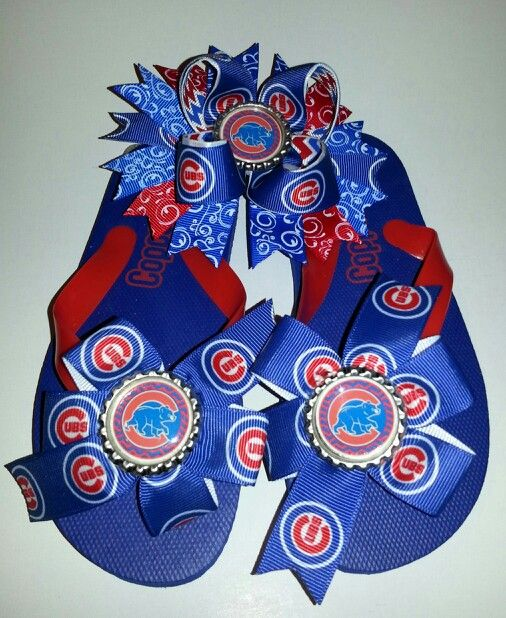 Chicago Cubs  flip flops and matching bow ...Journeys Bows. ..Facebook