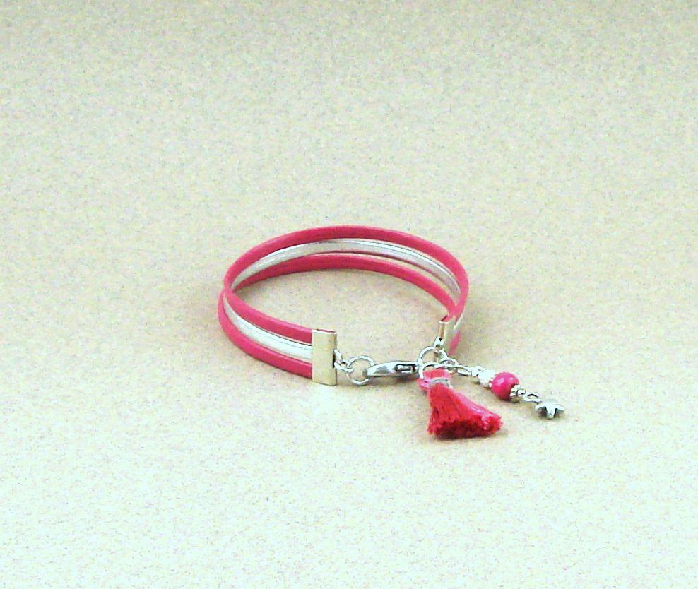 Bracelet cordons cuir fuchsia et argenté, pompon fuchsia et breloque étoile : Bracelet par lounah