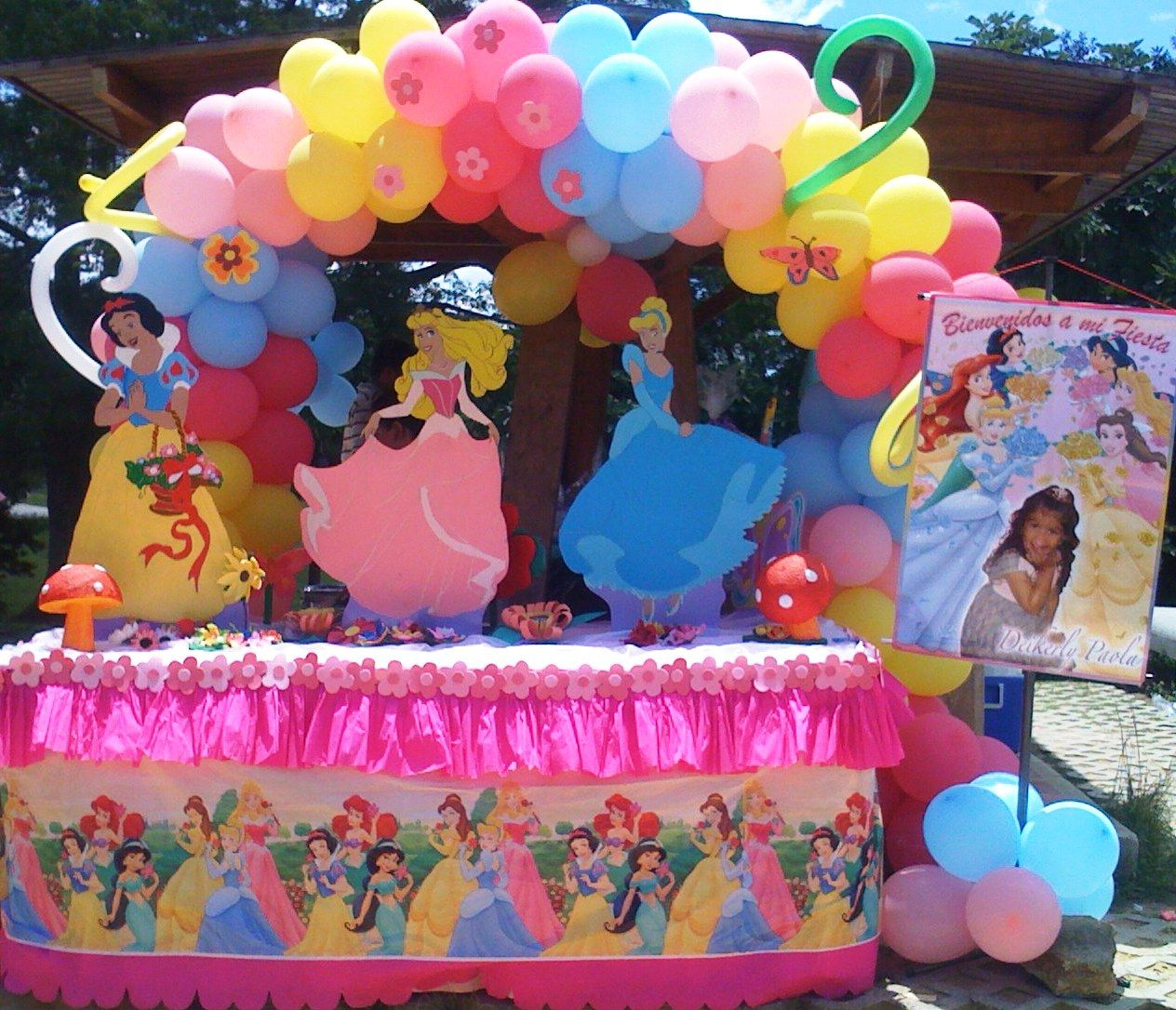 Decoracion princesas 1 trono pinterest for Decoracion de princesas