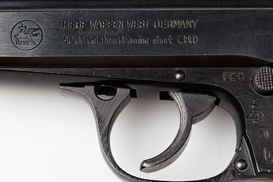 Wilde Gewehre datieren Jemand mit vielen Tattoos datiert