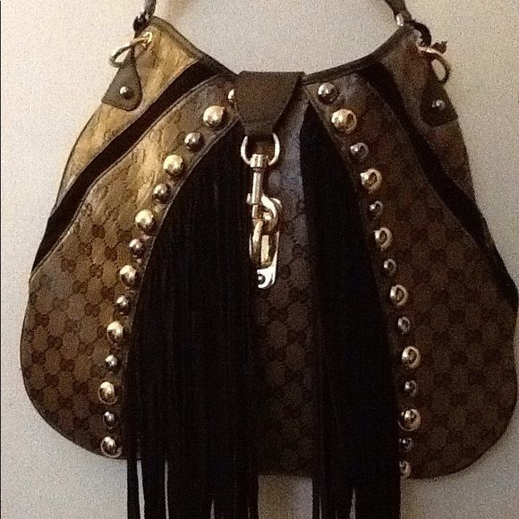 cc8590387c74 Shop Women's Gucci Brown Tan size OS Hobos at a discounted price at Poshmark.  Description